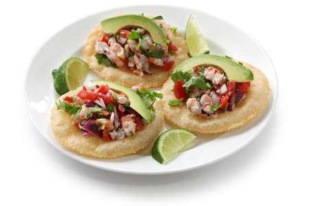 mexican food: tostadas de ceviche, comida mexicana