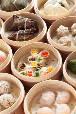 steamed: yumcha, dim sum in bamboo steamer, chinese cuisine