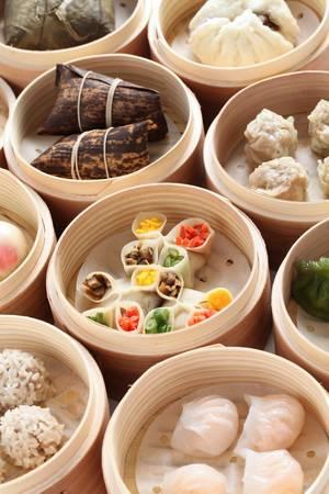 dumpling: yumcha, dim sum in bamboo steamer, chinese cuisine