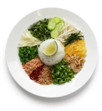 legumbres secas: Khao camote, ensalada de arroz, cocina tailandesa Foto de archivo