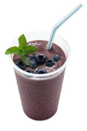 licuado de platano: acai berry smoothie, cortado, sin sombras Foto de archivo