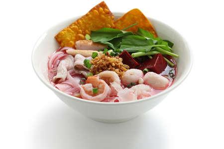 thai noodle soup: yen ta fo, rice noodles in pink soup, thai cuisine
