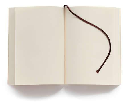 白い背景で隔離のブックマークで開かれた空白文庫