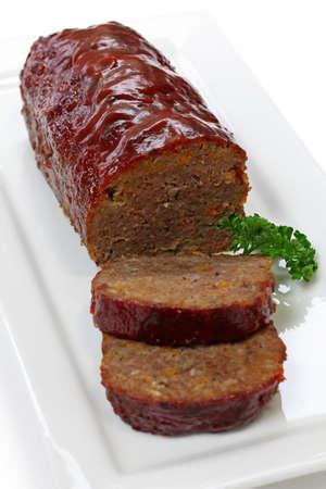 albondigas: clásico pastel de carne, comida americana