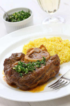 İtalyan mutfağı: ossobuco alla milanese, italian cuisine Stok Fotoğraf
