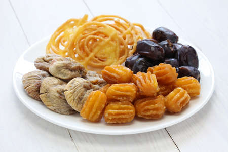 frutas secas: dulces iran�, zoolbia, frutas secas bamieh