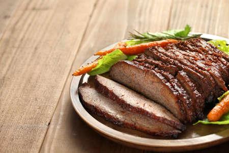 carne asada: barbacoa pecho de res, con copia espacio