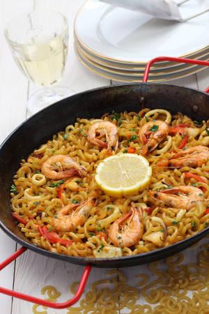 marisco: seafood pasta paella spanish cuisine