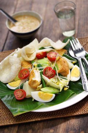 gado: gado gado, indonesian salad with peanut sauce