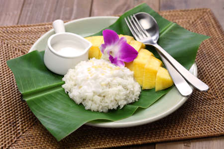 sticky rice with mango, khao niaow ma muang, thai sweet Stock Photo