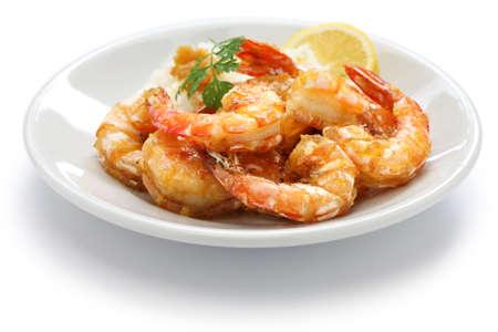 �shrimp: ajo camarones comida hawaiana aislada en el fondo blanco Foto de archivo