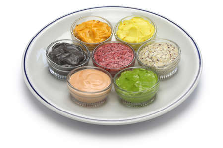 mayonesa: salsa de mayonesa casera variada