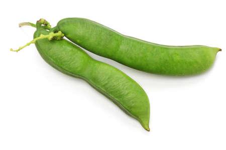 白い背景に分離された刀豆