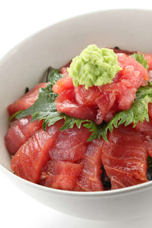 Japanese tuna rice bowl, vinegared rice topped with sliced raw tuna