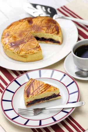 noire: homemade gateau basque, tea time