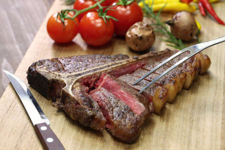 t-bone steak, porterhouse steak, bistecca alla fiorentina
