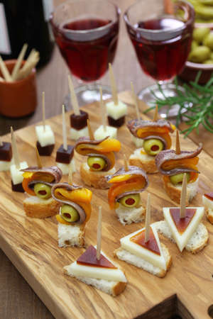 finger food: party finger food tapas, pinchos, spanish canapes