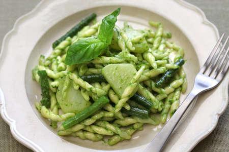 ejotes: Pastas con pesto trofie, judías verdes y patatas, y de la cocina italiana