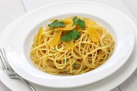 spaghetti dinner: spaghetti with bottarga, italian cuisine Stock Photo