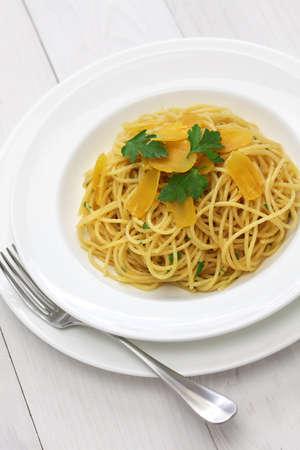 grey mullet: spaghetti with bottarga, italian cuisine Stock Photo
