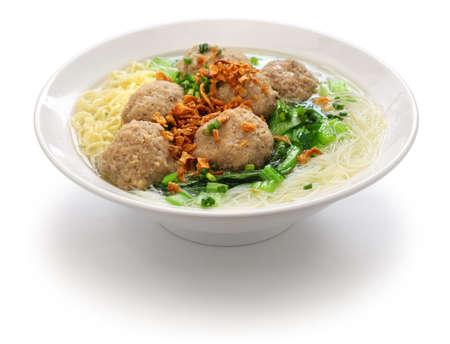 meatball soup with noodles, bakso and indonesian cuisine Foto de archivo