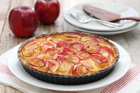 apple tart: apple tart like bouquet of roses