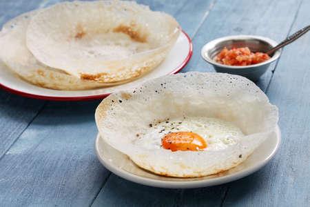 Sri lankan egg hopper, bittara aappa Stockfoto