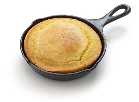 cornbread: homemade cornbread in skillet, the cuisine of the Southern United States Stock Photo