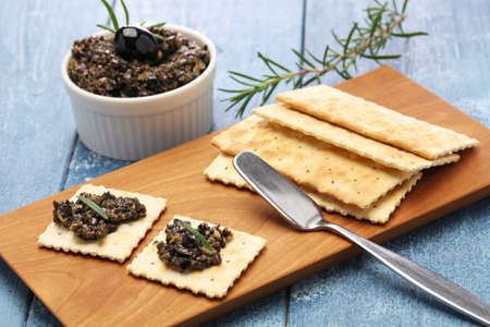 black olive tapenade with crackers