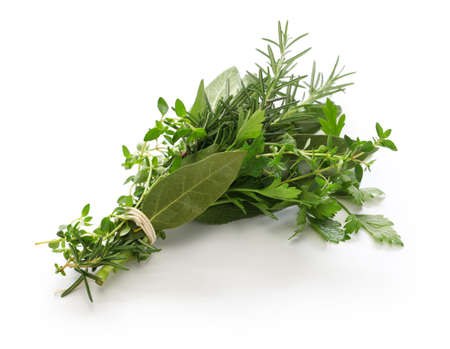fresh bouquet garni, bunch of herbs isolated on white background Zdjęcie Seryjne - 79871188