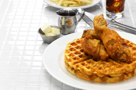 fried chicken and waffles, american food Imagens