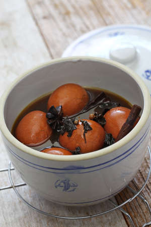 homemade tea eggs, Taiwanese food