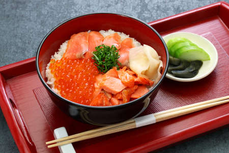 rice bowl topped salmon with salmon & salmon roe, japanese food