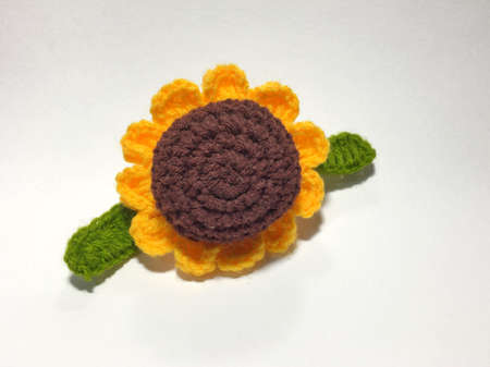 creative: Knitting wool sunflower