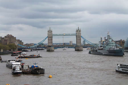 Busy River Thames London, Stock Photo - 13501789