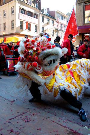 Danse du lion dans le quartier chinois de Boston au cours de la c�l�bration du Nouvel An chinois