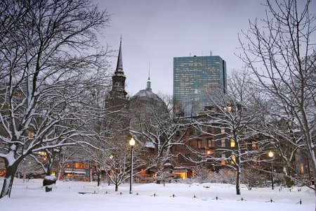 boston common: Snowy winter at Boston, Massachusetts, USA