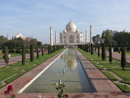 View of the Taj Mahal in Agra, India Banco de Imagens