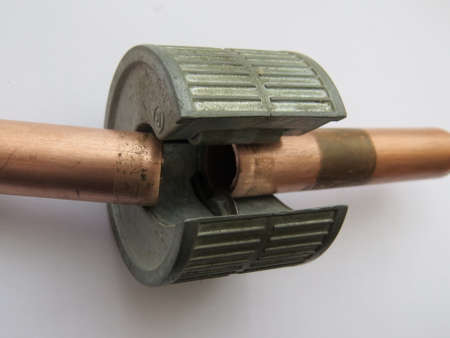 handtool: Tool for cutting 15mm copper pipe used in domestic heating systems