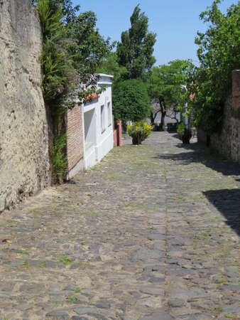 One of the old cobblestone streets in the Uruguayan town of Colonia de Sacramento. Imagens - 49648188