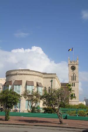Barbados parliament building in the capital Bridgetown. Banco de Imagens