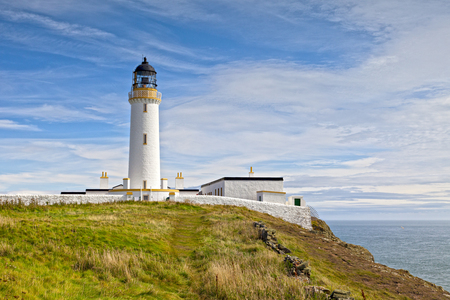 Faro a Mull di Galloway, Dumfries e Galloway, Scozia Archivio Fotografico - 95289024