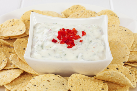 Cucumber Raita with Mini Poppadums Stock Photo - 95298856