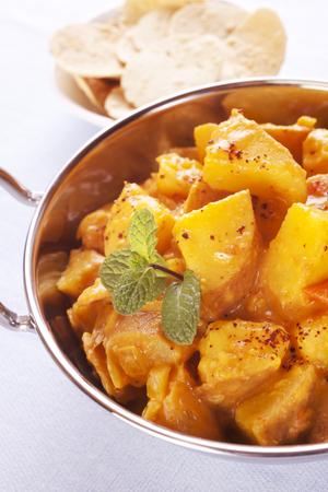 Bombay Potato Curry Stock Photo - 104772939