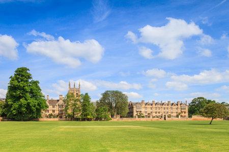 Merton College, Oxford Redakční