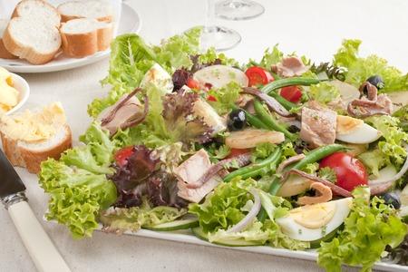 Tuna Salad Nicoise Фото со стока