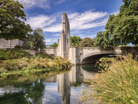 Bridge of Remembrance and Cashel St Bridge, Christchurch, New Zealand 版權商用圖片