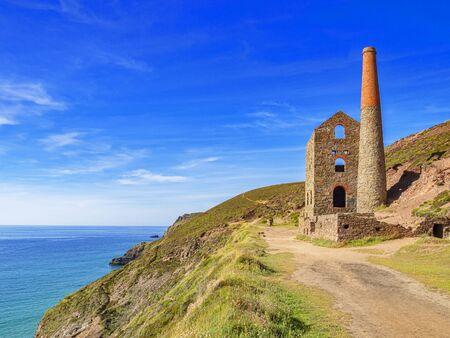 Wheal Coates Cornish Tin Mine and the Cornish Coast Archivio Fotografico