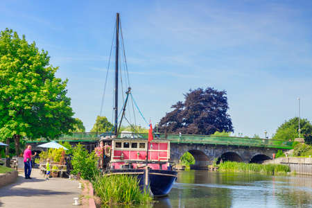 Newark on Trent UK, Floating Pub The Castle Barge 新闻类图片