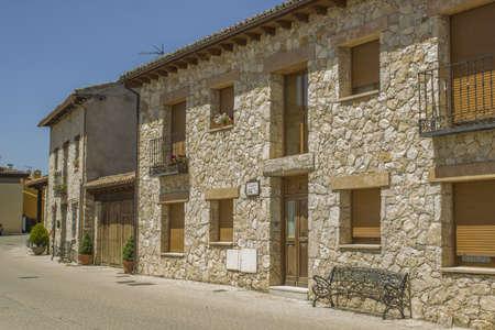 edificación: Jule 2013, edificio de piedra, Torremocha del Jarama - Madrid